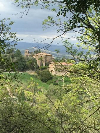 Castello di Gaiche: Views of the Castle
