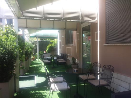 La Terrazza (Vicenza, Italy) - Hotel Reviews, Photos & Price ...