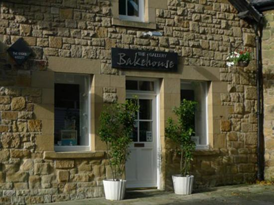 Alnwick, UK: getlstd_property_photo