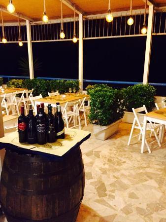 Province of Latina, อิตาลี: Officina del mare aperti a pranzo e cena