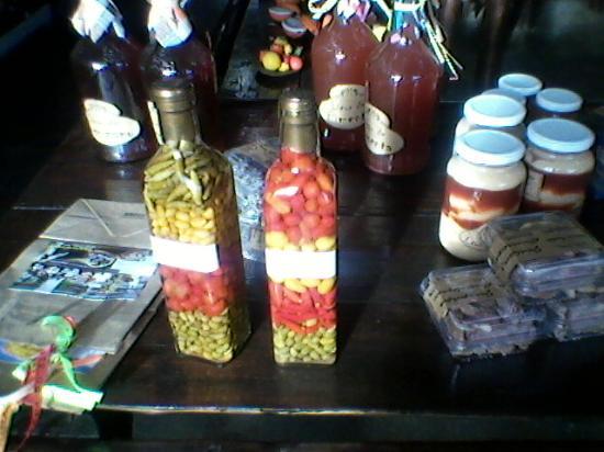 Ibirataia, BA: pimentas,doces e licores