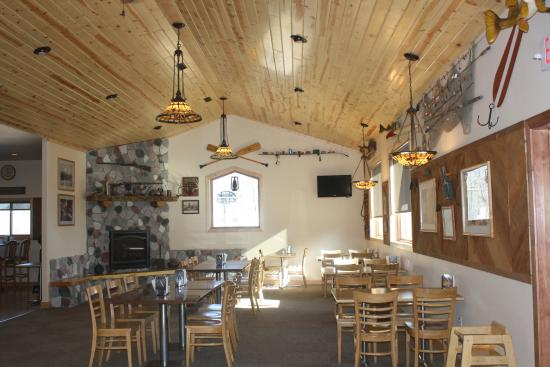 Ponsford, MN: Restaurant and general store on site