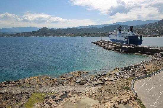 Hotel Restaurant La Pietra : Vue aérienne des alentours