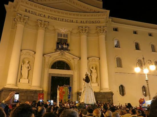 Pagani, Italie : Una festa antica dal cuore giovane.