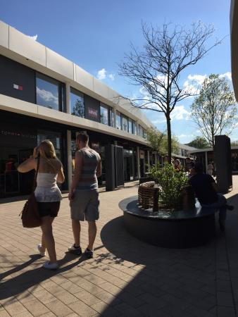 photo0.jpg - Picture of Fashion Outlet Montabaur, Montabaur ...