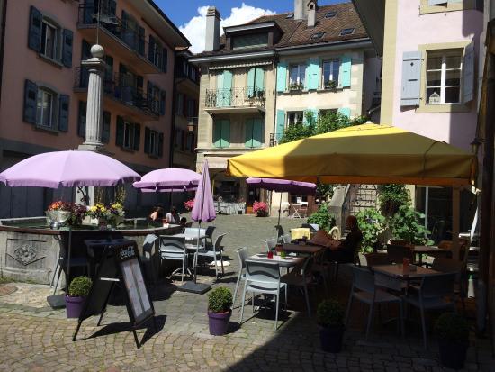 Le Café Noble