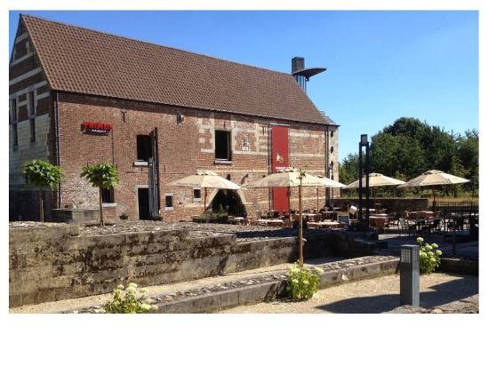 Brasserie De Waterburcht: ook mooi terras voor een drankje of snack