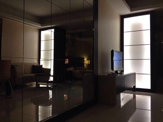 Damas Suites and Residences: photo3.jpg