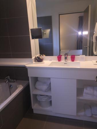 Hotel 202: Magnifiques chambres et salle de bains
