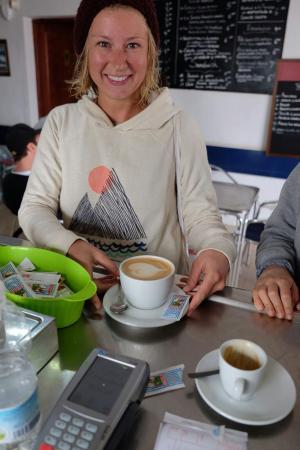 Cafeteria El Arco: after surf coffee