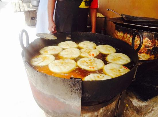 Sadiq Halwa Puri, Lahore - Restaurant Reviews & Photos