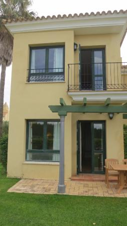 Barcelo Jerez Montecastillo & Convention Center: Villa, bedroom upstairs!