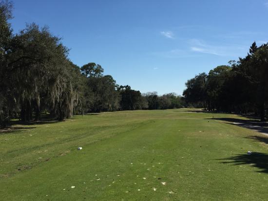 The Savannahs Golf Course: narrow