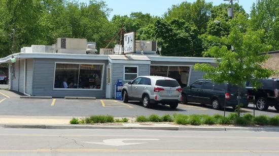 Grandview, MO: T J's  Cafe