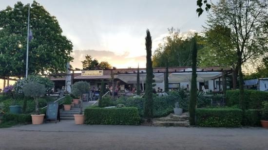Lambsheim, Germany: Gasthaus am See Fischerhütte