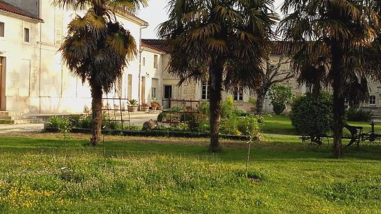Jarnac Champagne, Frankrig: L' entrèe