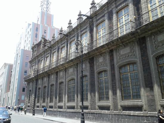 ‪Palace of the Counts of San Mateo de Valparaiso and Marquises of Jaral de Berio‬