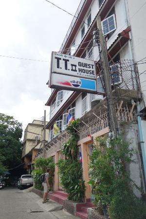 T.T. Guesthouse: DEVANTURE DE LA GHESTHOUSE