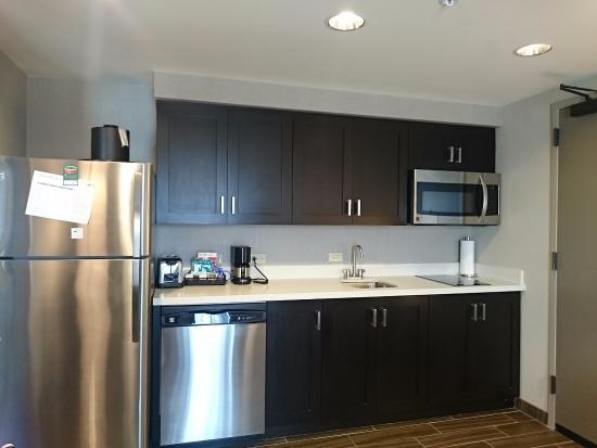 Delightful Homewood Suites By Hilton Savannah Historic District / Riverfront: Full  Kitchenette But No Kettle,