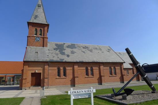 Lokken Kirke