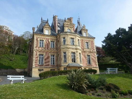 l 39 une des plus belles villas de trouville photo de mus e villa montebello trouville tripadvisor. Black Bedroom Furniture Sets. Home Design Ideas