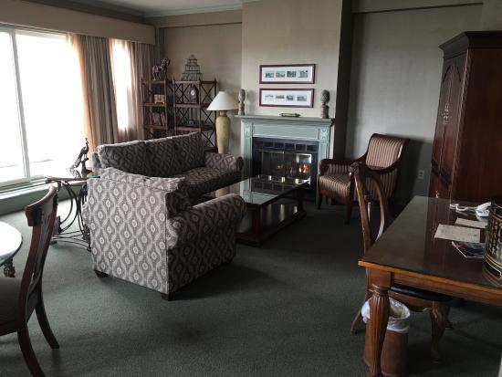 Sheraton Portsmouth Harborside Hotel: photo1.jpg