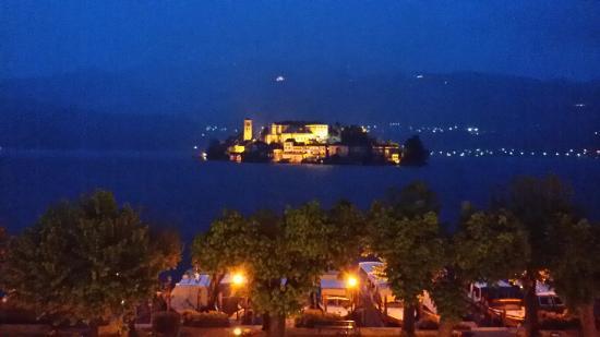 Piccolo Hotel Olina: Vista notturna