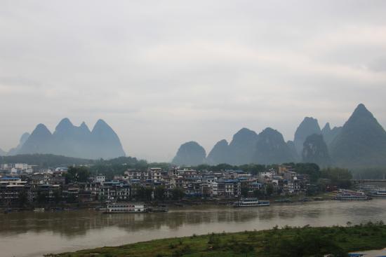 Yangshuo En Attendant Godot's Hostel: Rooftop view