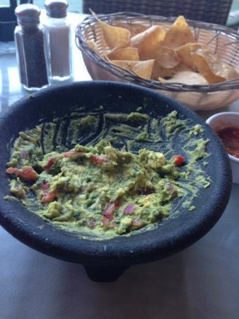 Bachas Restaurant: The freshly made guacamole
