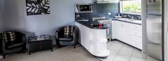 Aataren Norfolk Island Villas: Self-Catering Kitchen