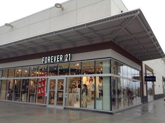 Fashion Outlet Niagara Falls Ontario