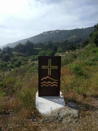 New Camaldoli Hermitage: Roadside sign