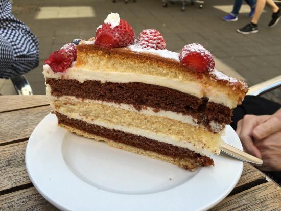 Der Beste Kuchen In Trier Cafe Mohr Konditorei Trier