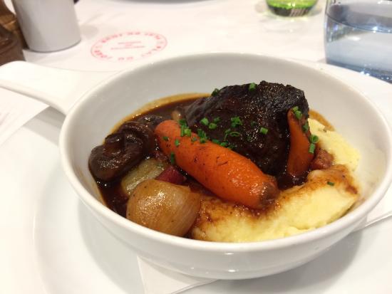 Toorak, Australia: beef bourgiugnon
