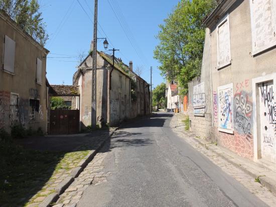 เกาส์เซนวิลล์, ฝรั่งเศส: exterieurs