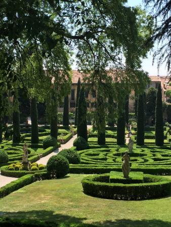 Palazzo giardino giusti verona italia arvostelut for B b giardino giusti verona