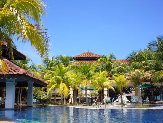 Lanai Hotel: фото с шезлонга у бассейна