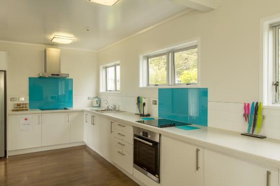 Seabeds: Main hostel kitchen