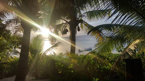 Ha'atafu Beach Resort: Why wouldn't you want to stay in a place like this?