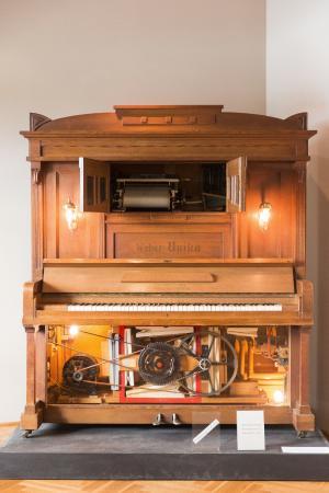 Museum für Musik (HMB): Automatic Piano