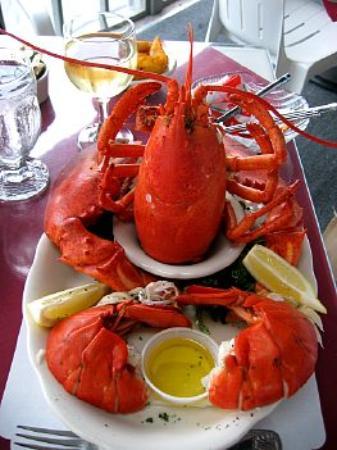 Mattakeese Wharf: Lobster!
