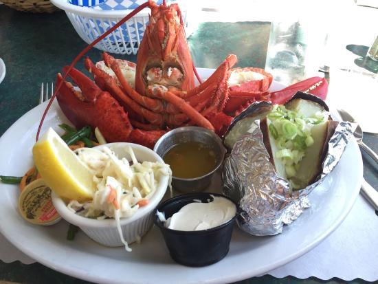 Tides Restaurant: Restaurant, signage, lobster meal, buns and butter, lobster tools, menu, captain