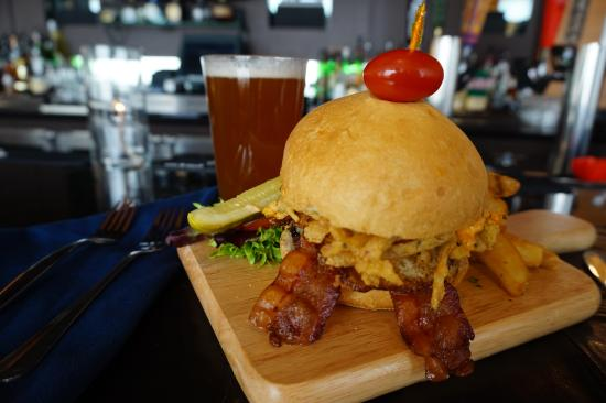 Six South St Hotel: SSS Bistro Burger
