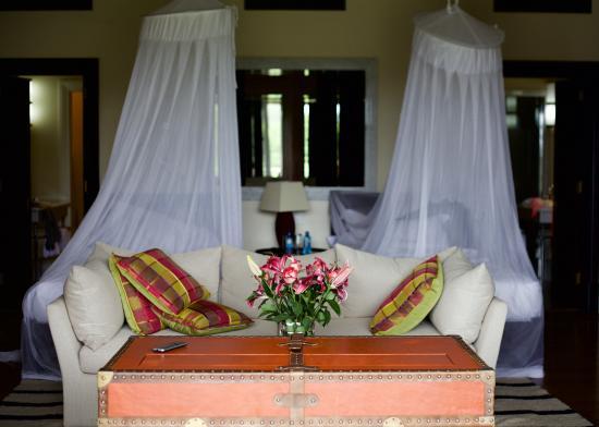 Kenyatta Suite (14)