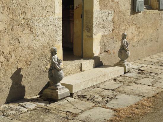 Saint-Georges-sur-Moulon, Francja: Chateau De Saint Georges 6