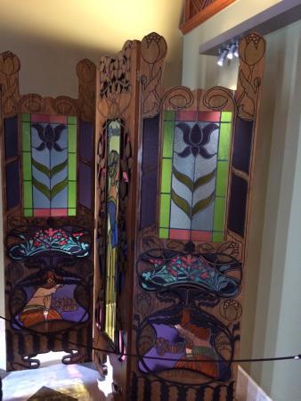 Superior Palau Guell: Im Inneren Des Hauses. Einige Möbel Sind Von Gaudi Selbst  Entworfen.