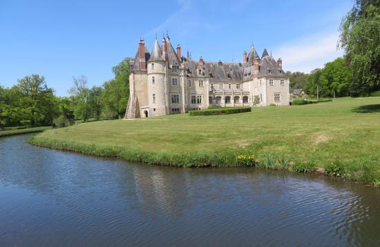 chateau de la verrerie from afar picture of chateau de. Black Bedroom Furniture Sets. Home Design Ideas