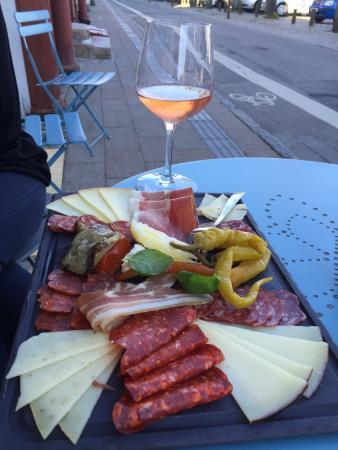 Kroatisk Vin & Tapas bar