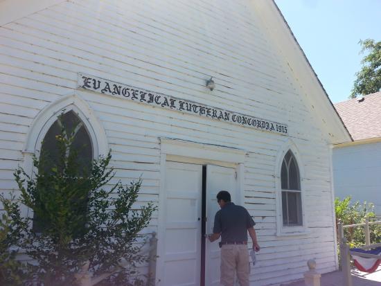 Overland Trail Museum : church