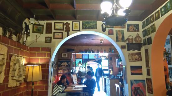Hips Galería & Restaurante